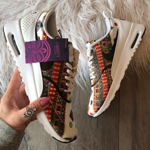lowest price 8385c c5836 Nike Shoes - NWT🍭Nike Air Max Thea liberty super rare